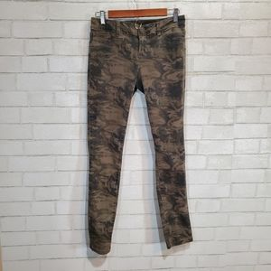 Maurice's camo skinny pants